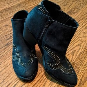 Lucky Brand black cowboy boots ankle booties
